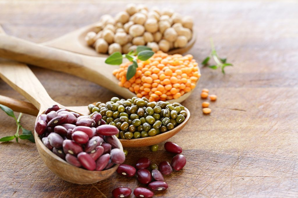 8 Reasons Beans Should Be Your Favorite Legume