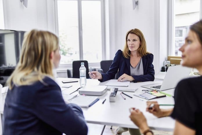 How to Secure a Senior Role in HR