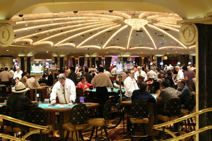 Are online casinos a good alternative for traditional casino lovers?