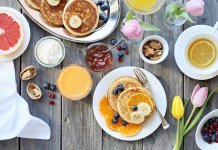 Why people love pancakes?