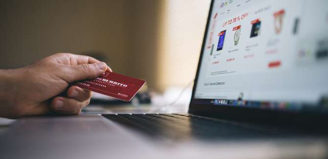 Reasons to use a merchant account.