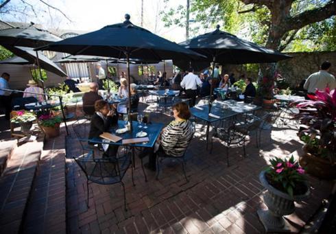 Backstreet Café restaurants open on Christmas