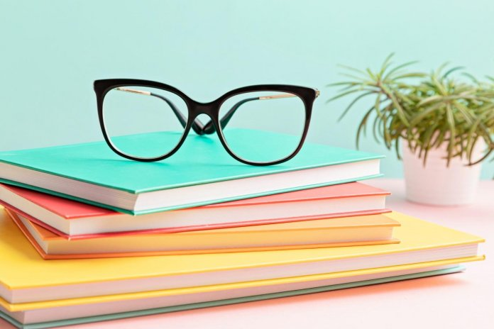 New Year, New Look! Best Eyeglasses for Ladies
