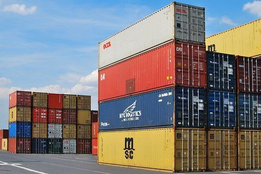 Factors to consider before opting for FCL-LCL Containers shipments newscase.com